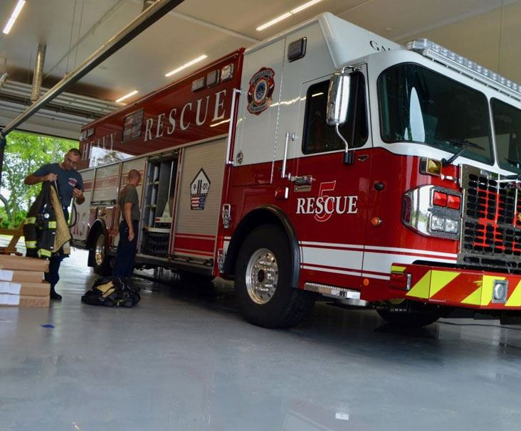 Gallatin Fire Department Opens Fire Station #5 with new Fire Engine